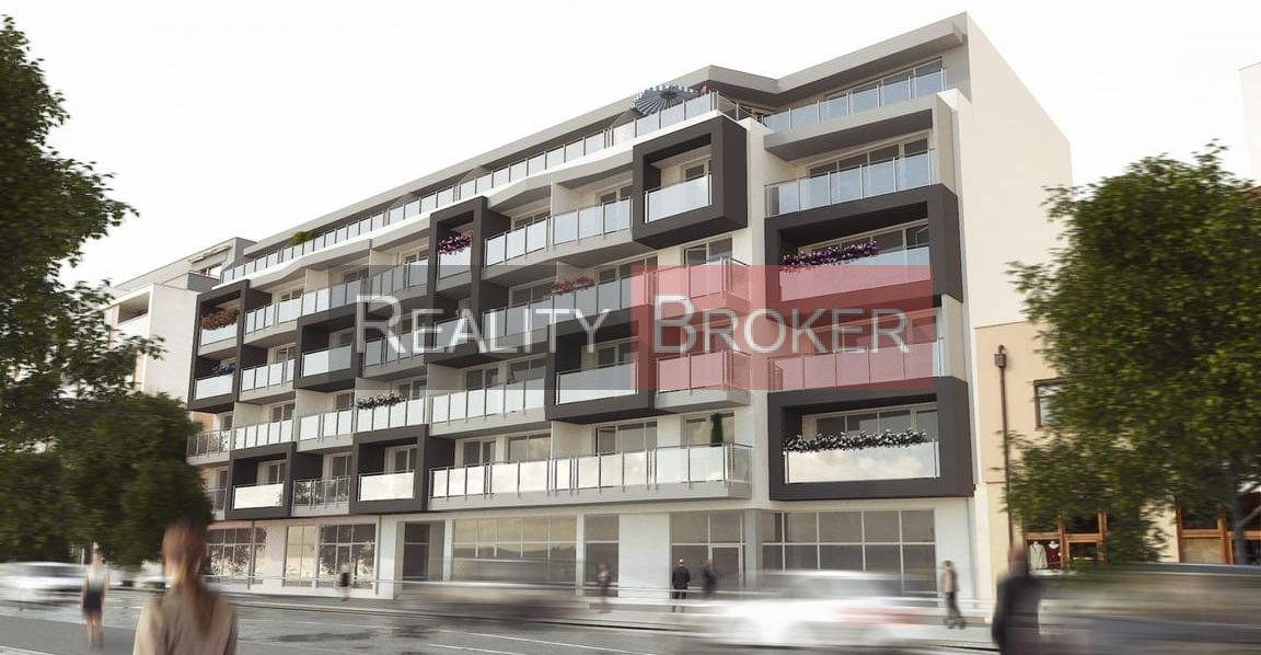 Ponúkame na predaj 3 izb. byt v centre mesta s loggiou a balkónom – NOVOSTAVBA