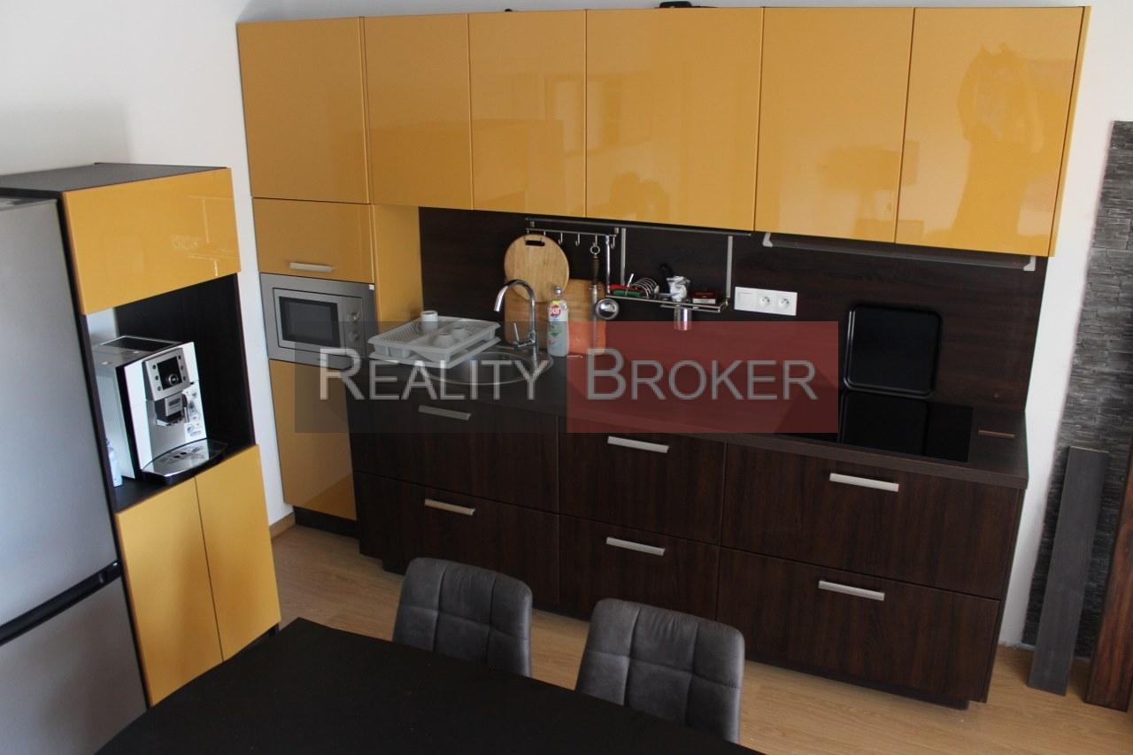 REALITY BROKER ponúka na prenájom pekné 3 izb. byty po kompletnej rekonštrukcii