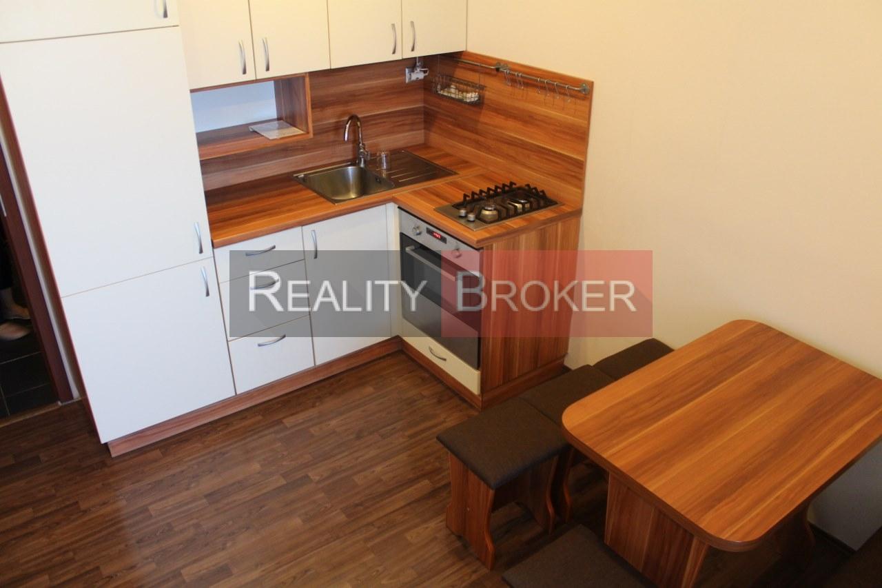 REALITY BROKER ponúka na prenájom pekný, zariadený a zrekonštruovaný  1. izb.