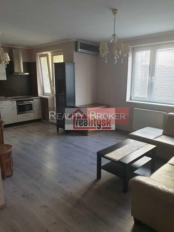 Ponúkame na prenájom pekný 3 izb. byt v novostavbe na pešej zóne